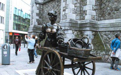 Molly Malone Statue in Dublin's Fair City