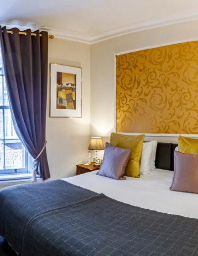 Standard Double Room in Dublin Citi Hotel