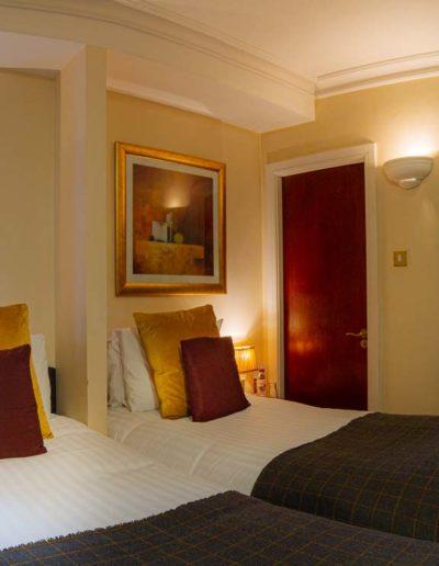 Standard Twin Room3 in Dublin Citi Hotel